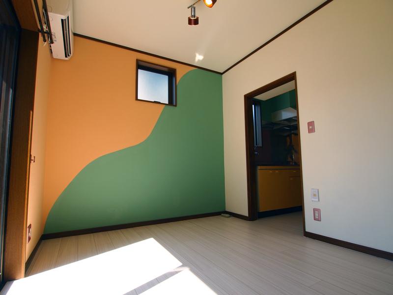 塗装ならではの塗り分けでオリジナリティのあるお部屋[vol.0005]